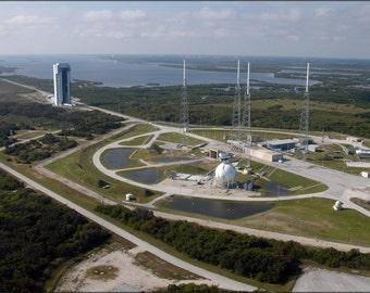 16x24 Poster; Atlas V Rocket Launch Complex 41 At Cape Canaveral Florida