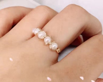 Freshwater Pearl Ring, 14k gold filled or silver filled ring, wire jewelry, june bday gifts,friendship ring, Size 4,5,6,7,8,9,10,11,12,13,14