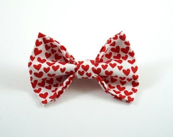 Red Heart Bow. Valentine's Day Bow. Red Valentines Bow. Baby Hair Clip. Baby Hair Bow. Toddler Hair Clip. Toddler Hair Clip. Heart Hair Clip