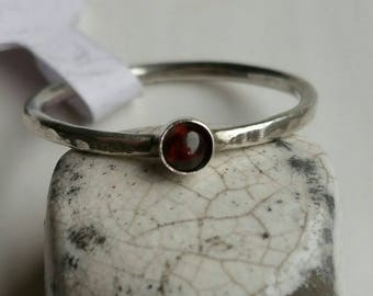 Silver Stacking Ring with 3mm Round Garnet Size 8 (Q) - Postage Included