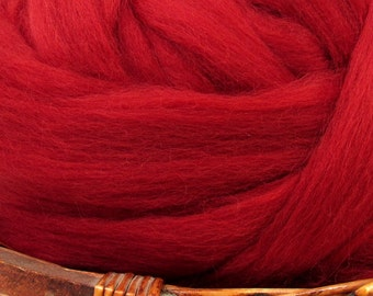 Dyed Corriedale Natural Spinning Fiber Wool Top Roving / 1oz - Ruby