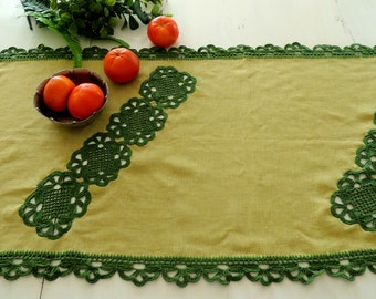 Table Runner, Tablerunner, Green Tablecloth, Handmade Crochet Lace, Fine Linen, Home Vintage Table Decor Ornament Decoration