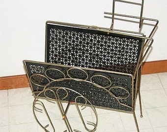 Planter/Magazine Rack Mid Century Metal Very Retro Vintage Cool, So Many Uses Great Deck or Home Plant Stand