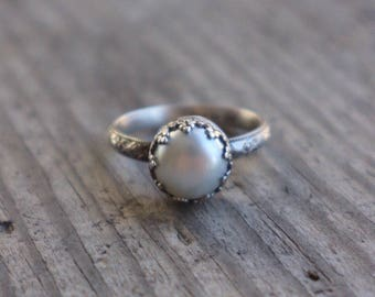 Size 8 1/2 freshwater pearl ring