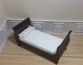 1:12 Scale Dollhouse Miniature Furniture - Sleigh Bed/Daybed/Single Bed