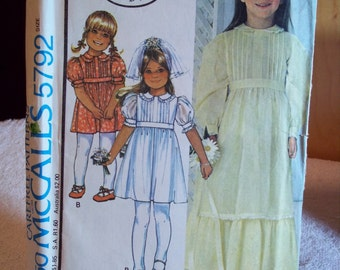 Vintage McCall's Carefree  Pattern 5792 Laura Ashley Girls' Dress Size 6, Uncut