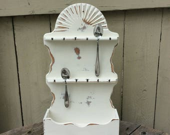 Shabby Chic Spoon Rack Finished in Antique White