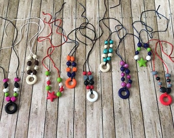 Teething necklaces for mom
