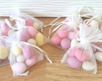 pre filled wedding favour organza bags  sugared almonds wedding favour