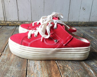 Vintage 90s Beverly Hills Polo Club Cherry Red Denim Fabric + White Lace Up Slip On Platform Sneakers 9