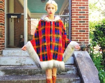 Vintage 70s Union Made Faux Fur Rainbow Red Yellow Blue Plaid Trim Lined Zip Up Hippie Hopded Poncho