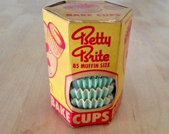 Betty Brite Bake Cups New Old Stock