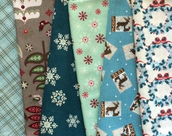 Blue, White & Gray Christmas Cloth Napkins, Assorted Value Pack of 12, Eco-friendly lifestyle