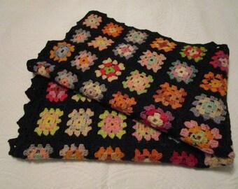 Gorgeous Vintage Multi Color Wool Granny Squares Blanket Afghan