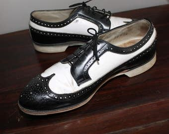 Vintage Hyde Spectator Wing Tip Bowling Shoes Swing 8.5D Leather Black White