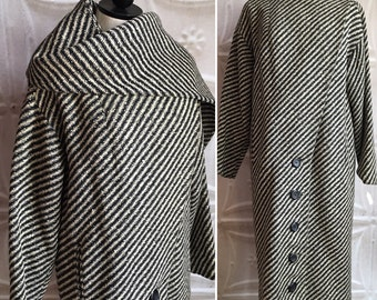 Black and off-white wool striped winter coat scarf vintage 50s 1950s glamorous