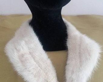 Real Ivory/White Blonde Mink Fur Coat Collar. Purple Lining. 60s Jacket Collar