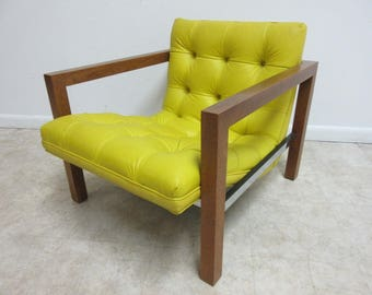Mid Century Chesterfield Style Tufted Lounge Arm Chair B