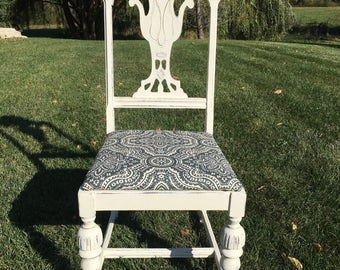 Elegant Shabby Chic Dining Room Chair