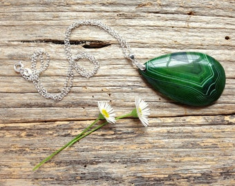 Green Onyx Agate Gemstone Pendant & Sterling Silver Necklace