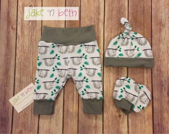 Baby pants, knot hat and no scratch mitts, newborn set, going home outfit - sloths