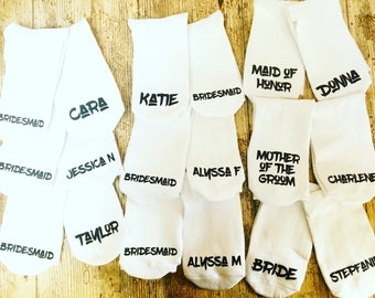 Bride wedding party socks personalised with date- bride gift- wedding party- bridesmaid socks- bridesmaid gift- bridal party