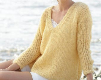 Woman alpaca wool sweater, knitted DROPS jumper in stocking st with V-neck and vents in Alpaca, Wool, woman sweater