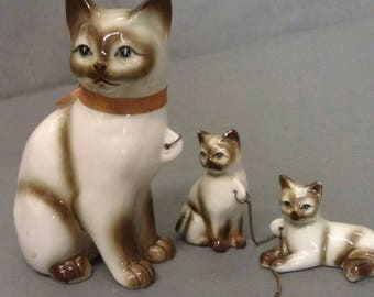 Beige and Tan Siamese Look Cats on Chains Cat Figurines