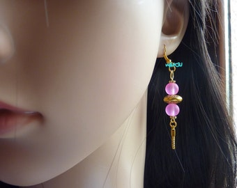 Earrings with glass and gold beads