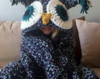 Hooded Owl Blanket, Owl Hood, Crochet Blanket, Handmade Afghan, Owl Pillow, Owl Blanket for Adults, Children's Blanket, Chunky Throw
