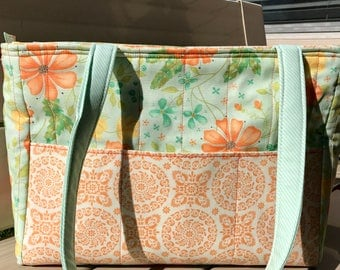 Quilted 8 Pocket Zippered Tote