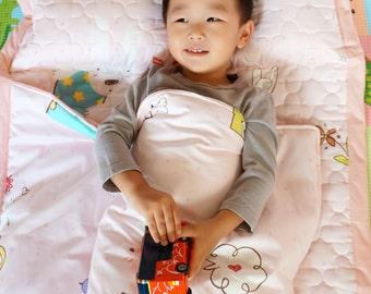 Personalized kids sleeping bag, toddler nap mat, baby mat, preschool nap mat, kindergarten nap mat, kids sleeping bag, toddler sleeping bag