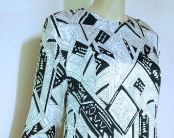 70s Vintage Mini Dress Abstract Black And White Tunic Zig Zag Avant Garde Art Print Retro Vtg 1970s Size S-M