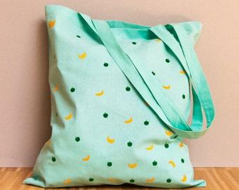 Fruchtige Strandtasche in Mint mit flauschig gelben Bananen und grünen Äpfeln super fürs Shopping - Einkaufstasche Jutebeutel