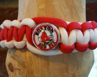 Boston Red Sox paracord bracelet (your choice of image )