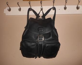 "VINTAGE COACH Large 16"" x 15""  x 7"" Black Leather Backpack USA J9E 0528"