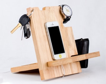 Docking station etsy for Gardening gifts for men