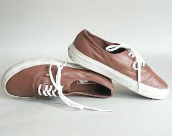 Mens 7 Low Brown Sneakers Women 8.5