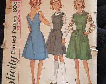 Vintage 60s Simplicity 5071 Dress/Jumper Pattern-Size 14 (34-26-36)