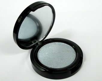 Phee's Makeup Shop Lasaia 37mm Highlighter Compact - VEGAN + CRUELTY FREE