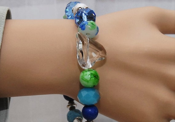 Blue Green Crystal Aromatherapy Bracelet. 2 Lava Stone Beads for Essential Oils. Chunky Jesse James Beads for Stunning Style. AB064