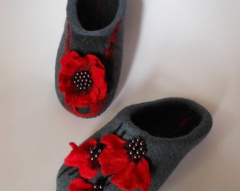 Felted slippers Women Women house shoes Felted wool slippers Flat shoes Slippers Natural wool Valenki Organic shoes
