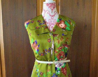 Floral dress of birds from the 70's true vintage