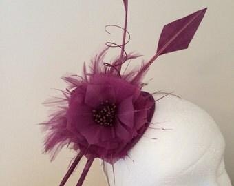 Plum berry purple, fascinator. Wedding, ascot, kentucky derby