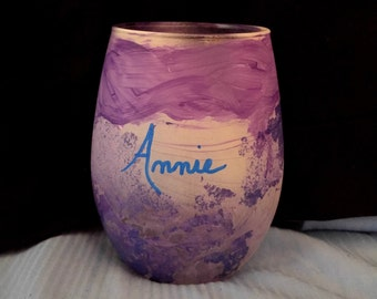 Personalized Bridesmaid Wine Glasses/HandPainted Stemless Wine Glass/Personalized Purple Wine Glass/Bridesmaid Stemless Purple Wine Glass