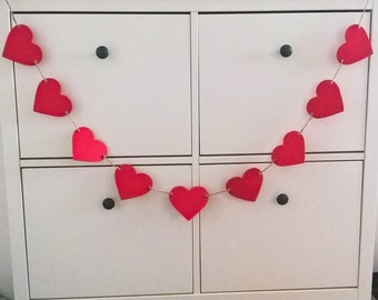 Red heart bunting