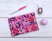 Pink Patterned Zippered Pouch | Galentine's Day Gift, Valentine's Day Gift, Makeup Bag, Pencil Pouch for Girls, Best Friend Gift, Coin Purse
