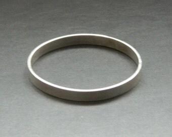 "Vintage Handmade Hallmarked 18gr  Solid Silver Slave Bangle bracelet 8mm wide Women handmade 80's Silver small Bracelet 2.35"" diameter"