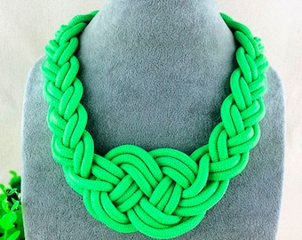 Cord Green Knotted Necklace, Green Knotted textile Necklace, Cord Necklace, paracord macrame Necklace, Green Large Knot Rope Necklace