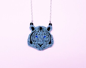 Mini white silver snow tiger necklace | Tiger head necklace | Tiger jewellery gift | Wild animal necklace | Zoo animal necklace | Pin up